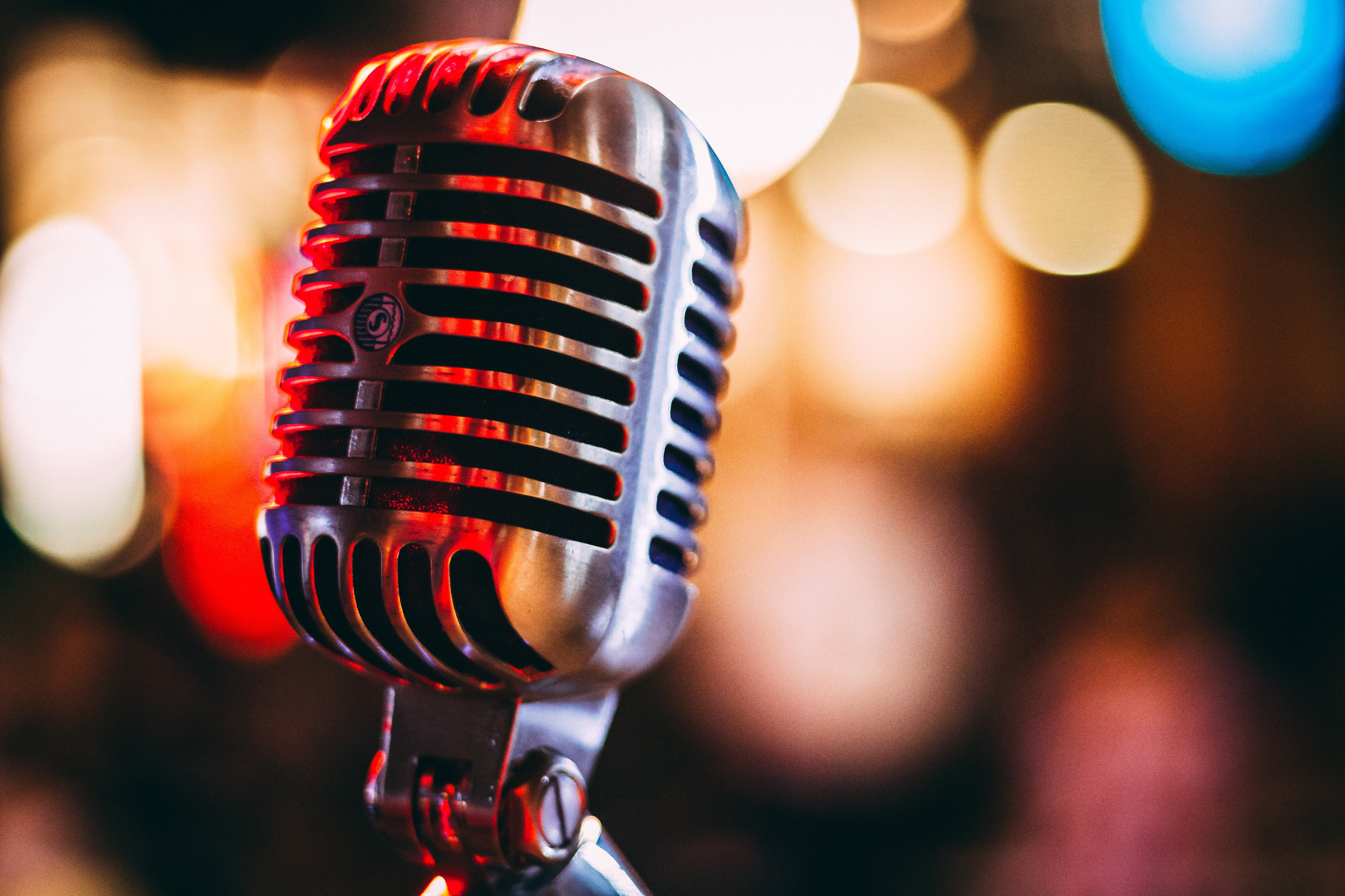 Corporate gigs and events - Cairns singer