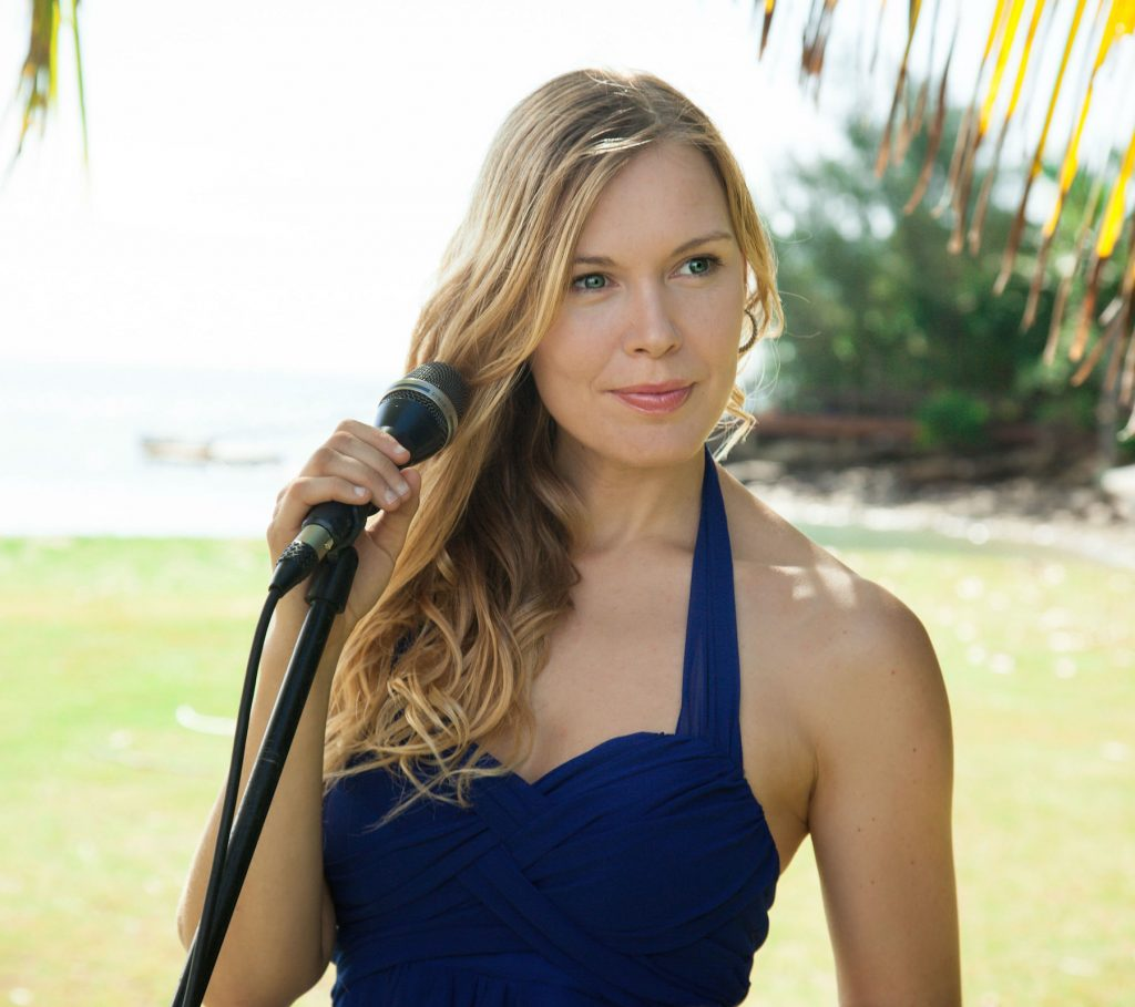 Cairns Singer- Andrea
